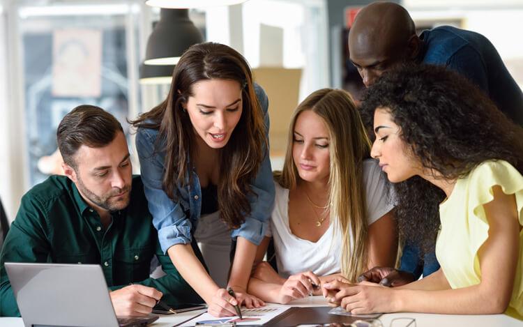 Какво да изберем – групово или индивидуално обучение?