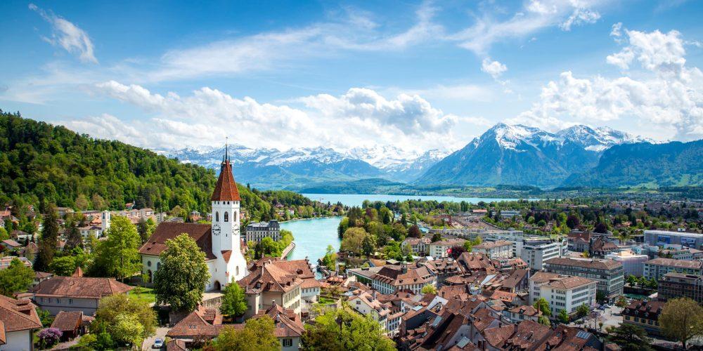 Какъв език говорят в Швейцария — изображение